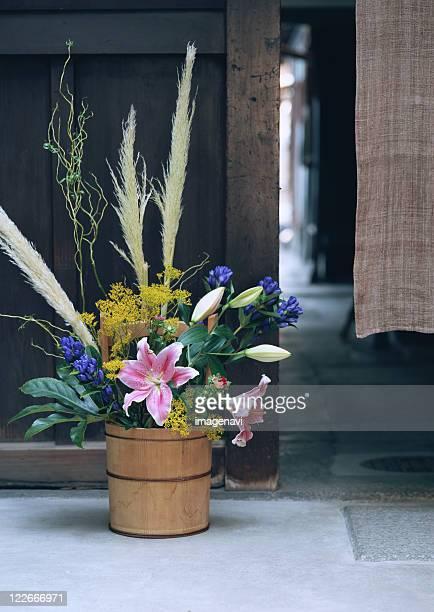flower arrangement - pampa stock-fotos und bilder