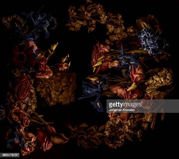 flower arrangement, shot from above - wilted plant stock pictures, royalty-free photos & images