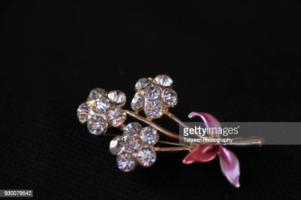 flower jewellery - pakistani gold jewelry stock pictures, royalty-free photos & images