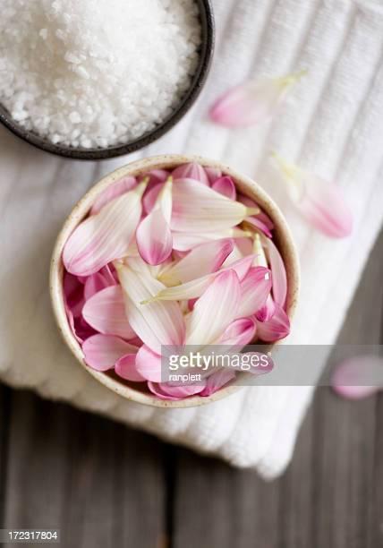Flower Petals (Spa Theme)
