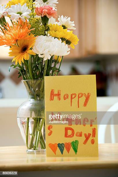 flowers and handmade mothers day card - greeting card stock pictures, royalty-free photos & images