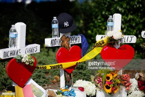 Flowers are seen at the makeshift memorial for victims of Tuesday's terrorist attack along a bike path in lower Manhattan on November 3 2017 in New...