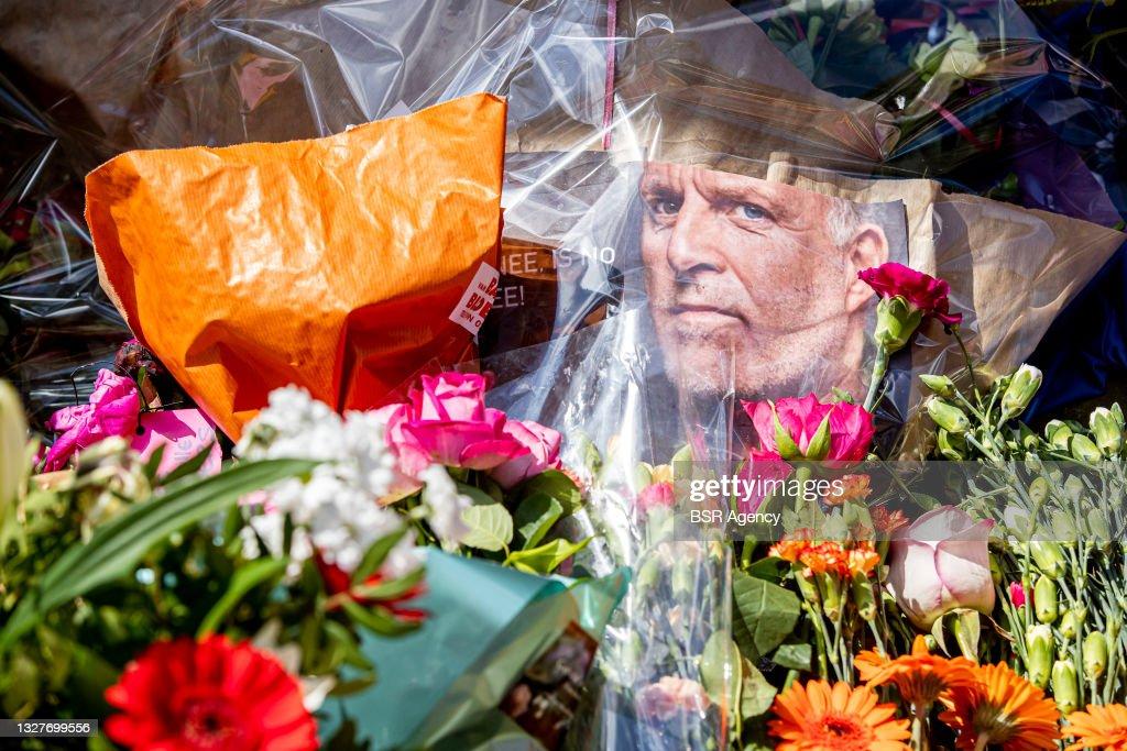 Flower vigil for Peter R de Vries : News Photo