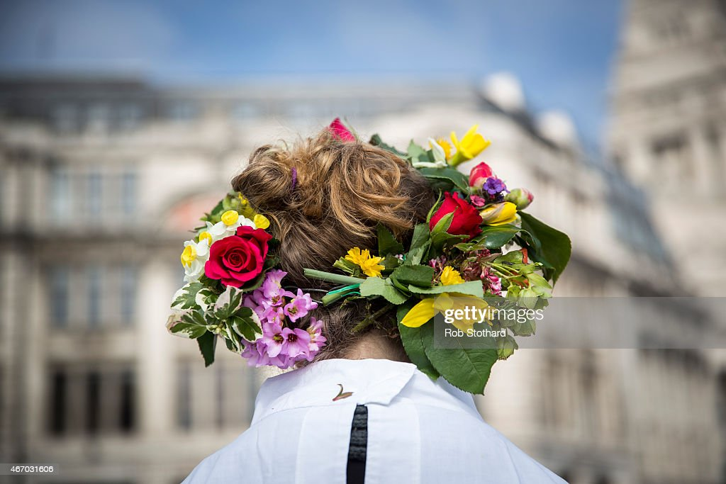 Druids Celebrate The Spring Equinox At The Tower Of London : Fotografía de noticias