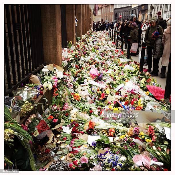 Flowers in front of synagogue in Copenhagen