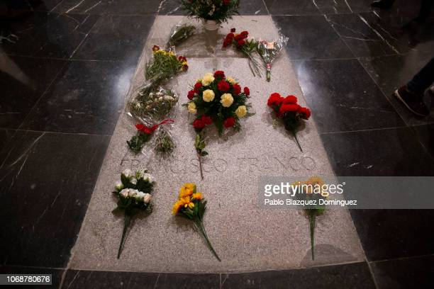 Flowers lay on Dictator Francisco Franco's tomb inside the mausoleum at the 'Valle de los Caidos' on November 17 2018 in San Lorenzo de El Escorial...