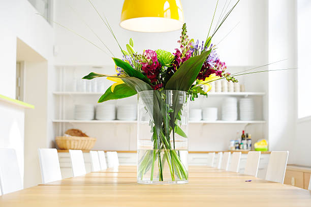 Free Flower Vase Table Images Pictures And Royalty Free Stock