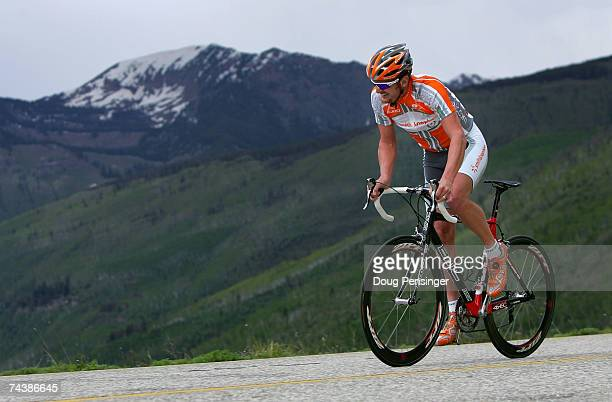 Floyd Landis of San Diego, California competes in the Trek Hill Climb up Vail pass as a multi-sport team member for Athletes For A Cure during the...