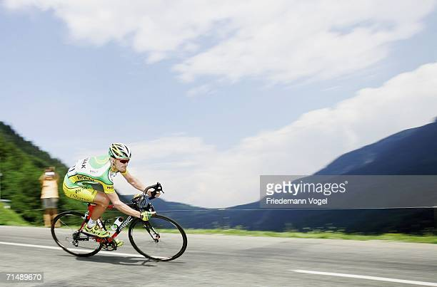 Floyd Landis of the USA and Phonak in action during Stage 17 of the 93rd Tour de France between Saint-Jean-de-Maurienne and Morzine-Avoriaz on July...