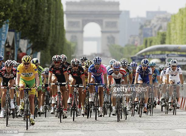 JULY 22 Floyd Landis of the USA and Phonak rides onto the ChampsElysees on his way to winning the 93rd Tour de France on July 23 2006 in Paris France
