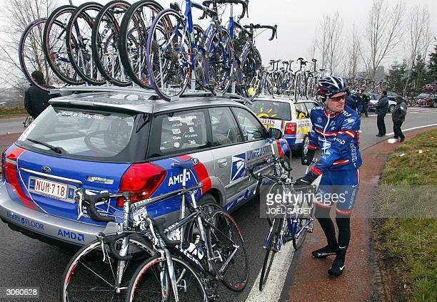 Floyd Landis stops the race after 30 km 10 March 2004 at SaintGermainLaval JeanMarie Leblanc ParisNice cycling race director decided to cancel the...