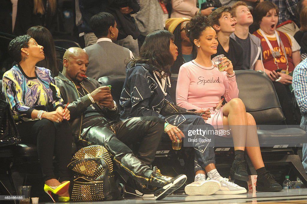 Floyd Mayweather, Jr. and Rihanna attend State Farm All-Star Saturday Night - NBA All-Star Weekend 2015 at Barclays Center on February 14, 2015 in New York, New York.