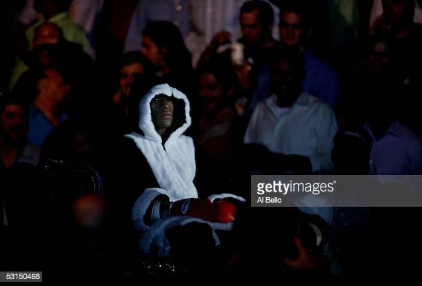 Floyd Mayweather Jr makes his entrance before his WBC Super Lightweight Championship fight against Arturo Gatti at Boardwalk Hall on June 25 2005 in...