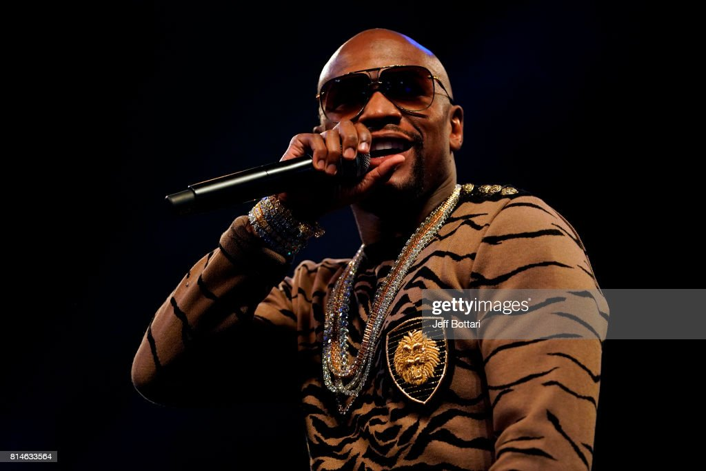 Floyd Mayweather Jr. v Conor McGregor World Press Tour - London : News Photo