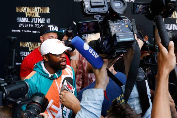 FL: Floyd Mayweather v Logan Paul - Media Availability