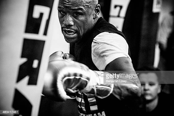 Floyd Mayweather trains at his gym on July 25 in Las Vegas, Nevada, in preparation for his fight with Saul Alvarez, a Mexican boxer known as El...