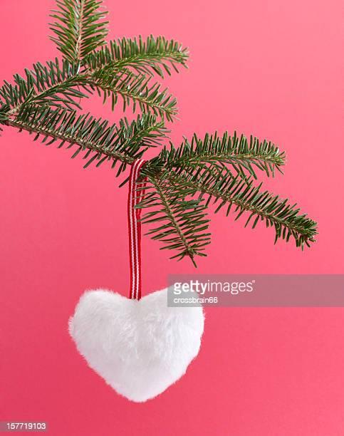 Noël blanc moelleux coeur sur fond rose
