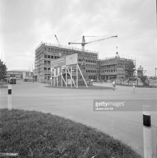 Flughafen Zürich BüroTrakt B im Bau 1959
