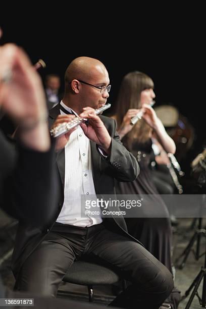 flauta jogadores na orquestra - orquestra - fotografias e filmes do acervo