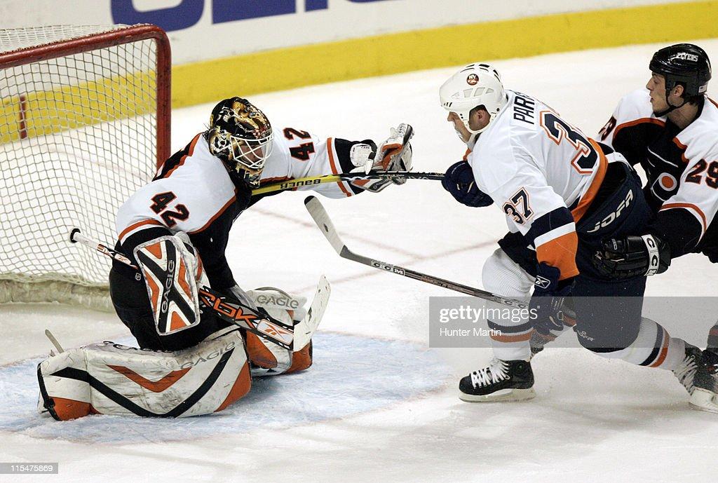 New York Islanders vs Philadelphia Flyers - February 8, 2006