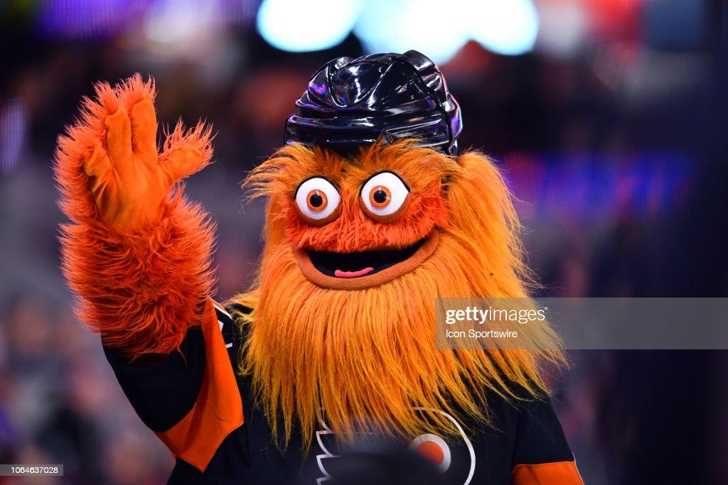 NHL: NOV 23 Rangers at Flyers : News Photo