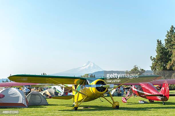 fly-in hood river oregon airplane on display mt adams background - hood river valley stock photos and pictures