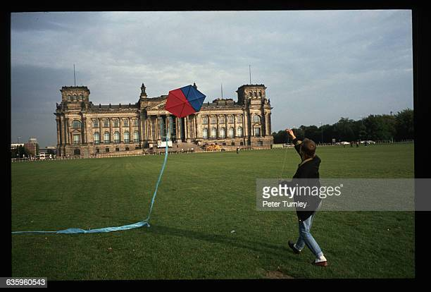 Flying a Kite near the Reichtstag
