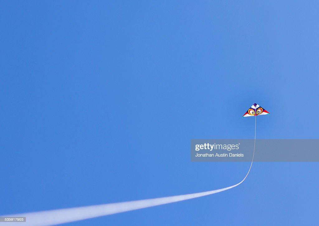 Flying a Kite : Foto de stock