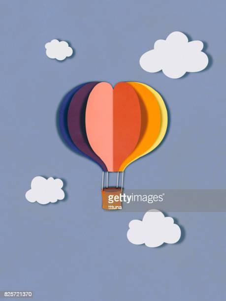 voar de balão em nuvens, estilo de corte de papel - balão decoração - fotografias e filmes do acervo