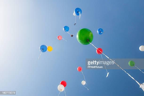 - Ballons