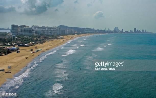 flying low over cartagena beach on a windy afternoon - cartagena colombia fotografías e imágenes de stock