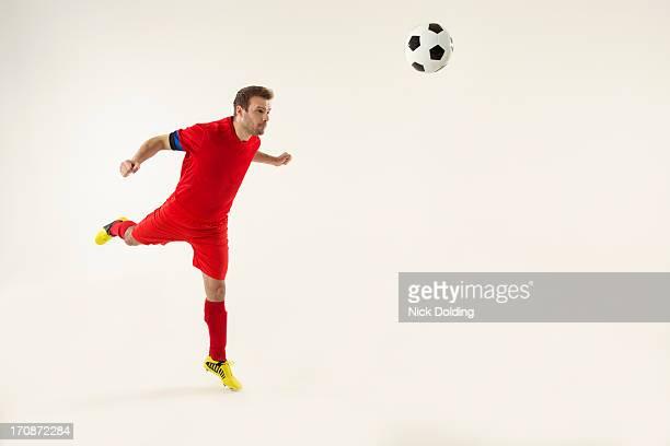 flying sports, football 06 - ヘディングをする ストックフォトと画像