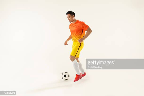 flying sports, football 22 - football player stock pictures, royalty-free photos & images