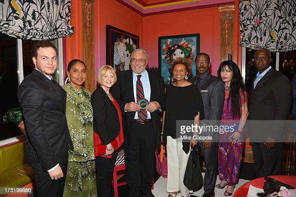 Flynn Jones, Phylicia Rashad, Ceci Jones, James Earl Jones, Courtney B. Vance, Loreen Arbus and Andre Braugher attend the 2013 Inclusion In The Arts'...
