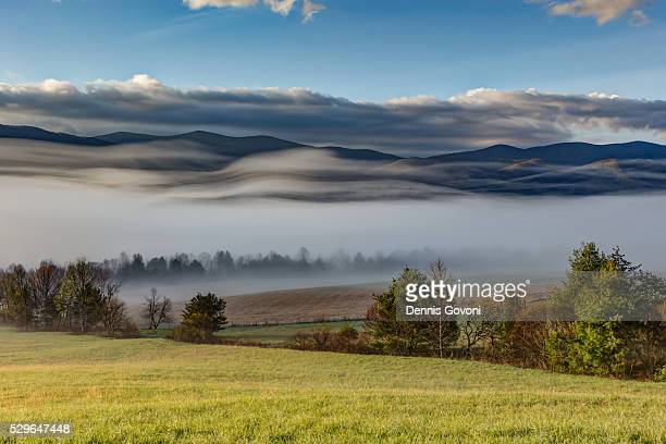 fog waves - cades cove stock pictures, royalty-free photos & images