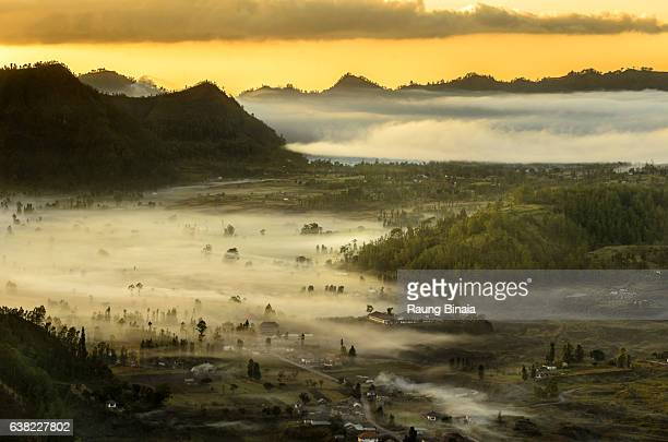 foggy land mood - kintamani district stock pictures, royalty-free photos & images