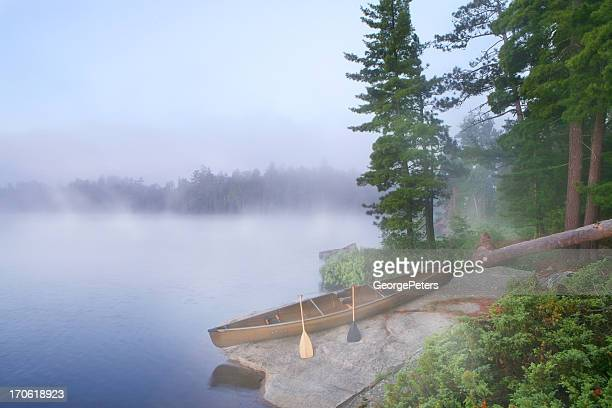 foggy morning in canoe country - boundary waters canoe area stock pictures, royalty-free photos & images