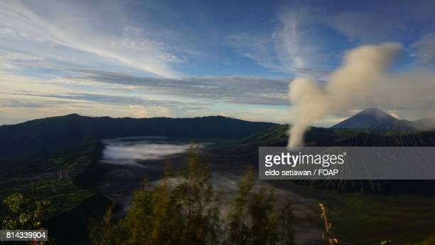foggy morning on bromo - bromo crater stock pictures, royalty-free photos & images