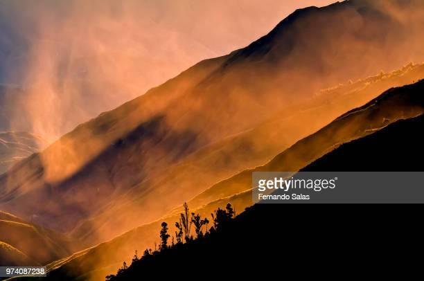 foggy mountain at sunset, loja, ecuador - ecuador fotografías e imágenes de stock