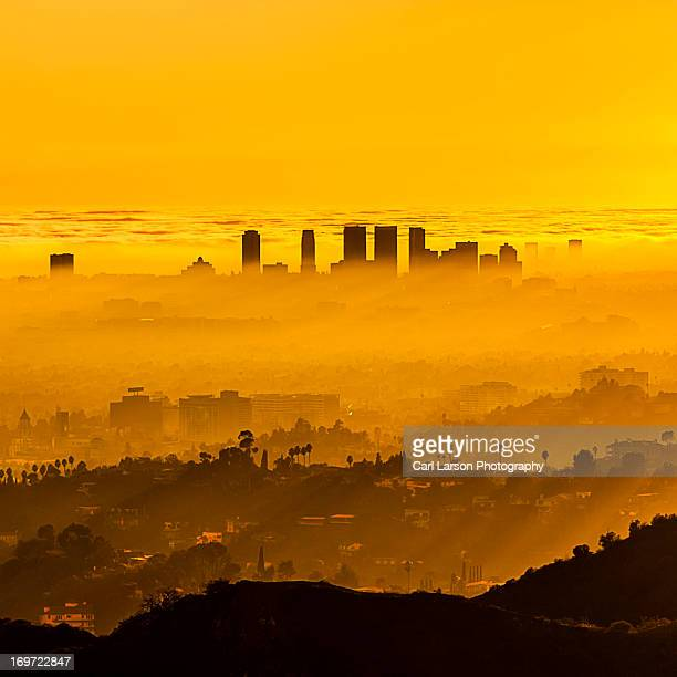foggy la sunset - smog stock pictures, royalty-free photos & images