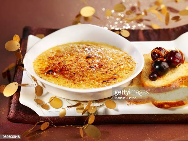 foie gras crme brle - foie gras photos et images de collection