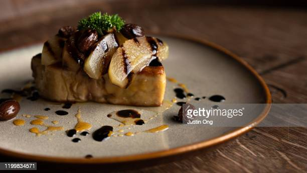 foie gras with fruits french food - gras fotografías e imágenes de stock