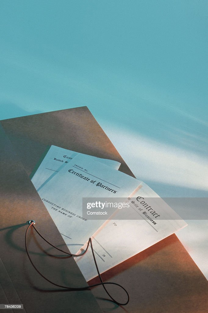 Folder with contracts in pocket : Stockfoto