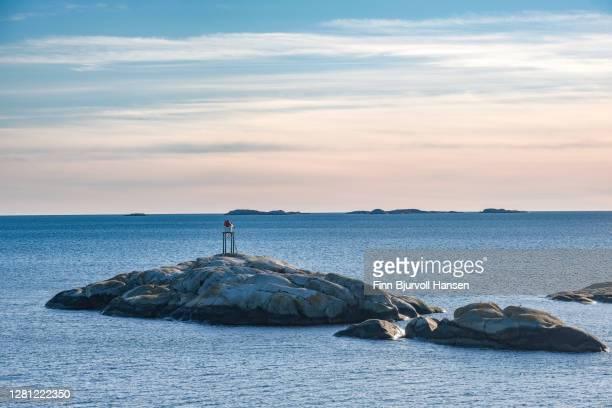 folehavna lighthouse near sandefjord in vestfold norway - finn bjurvoll stockfoto's en -beelden