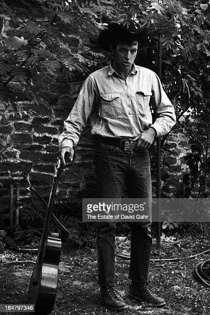 Folk singer Ramblin' Jack Elliott poses for a portrait in August 1964 in Woodstock New York