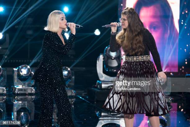 IDOL '119 ' Following amazing performances by music superstars and legends including our very own American Idol judges the winner of Season 1 of...