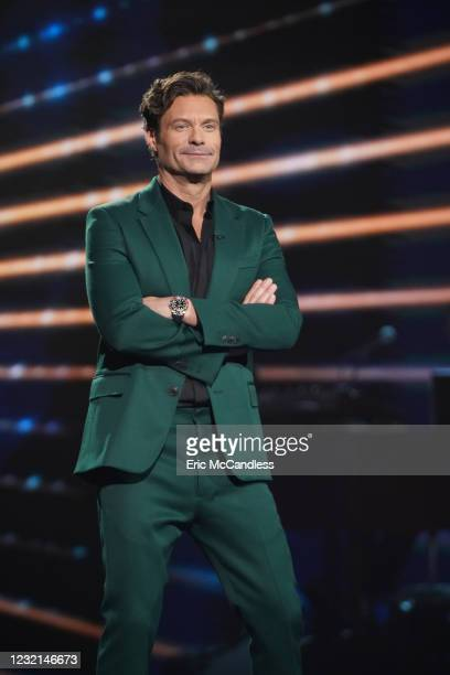 """Following Sundays kickoff to the All Star Duet round, """"American Idol"""" continues the two-night event on MONDAY, APRIL 5 , on ABC. RYAN SEACREST"""