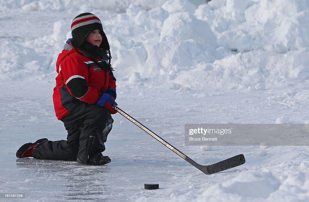 2013 USA Hockey Pond Hockey National Championships : News Photo