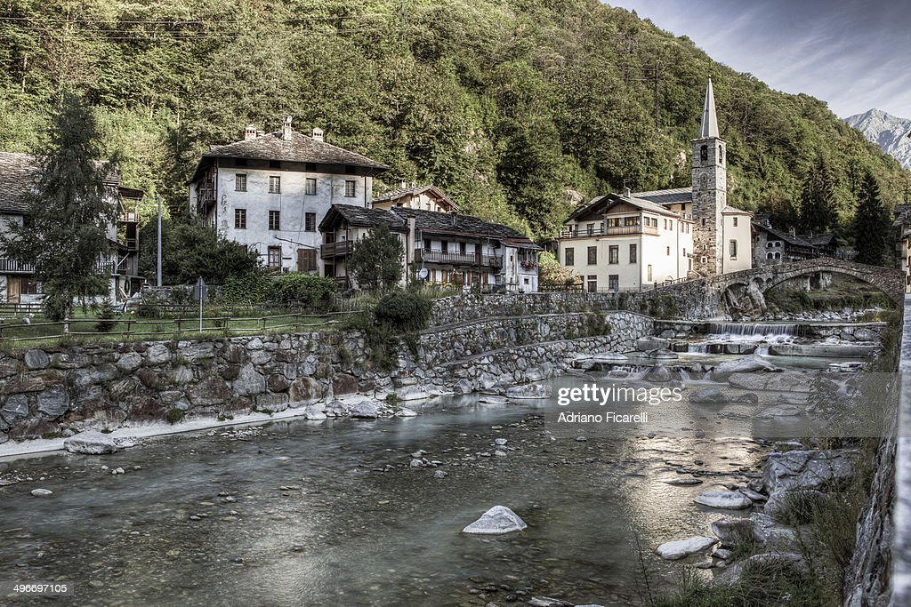 Following the water in the valley : Stock Photo