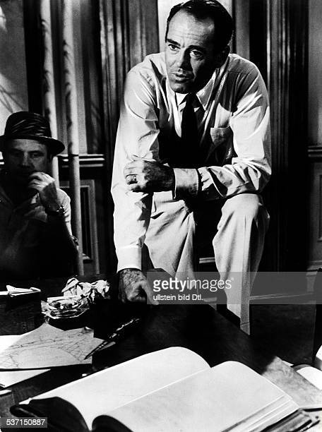 Fonda Henry Actor USA Scene from the movie '12 Angry Men' Directed by Sidney Lumet USA 1957 Produced by OrionNova Production 1957 Vintage property of...